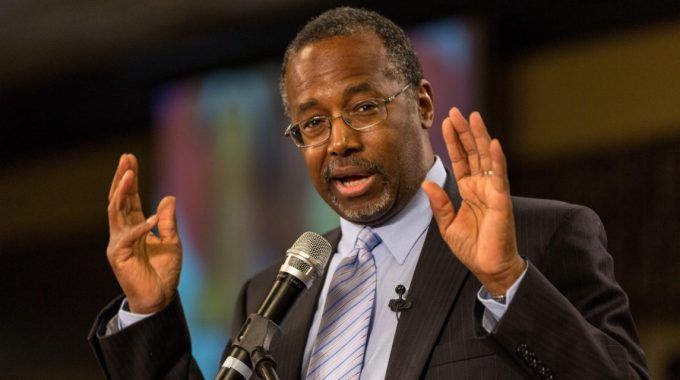 MYRTLE BEACH, SC - JANUARY 18:  Dr. Ben Carson Speaks At The South Carolina Tea Party Coalition Convention On January 18, 2015 In Myrtle Beach, South Carolina. A Variety Of Conservative Presidential Hopefuls Spoke At The Gathering On The Second Day Of A Three Day Event.  (Photo By Richard Ellis/Getty Images)
