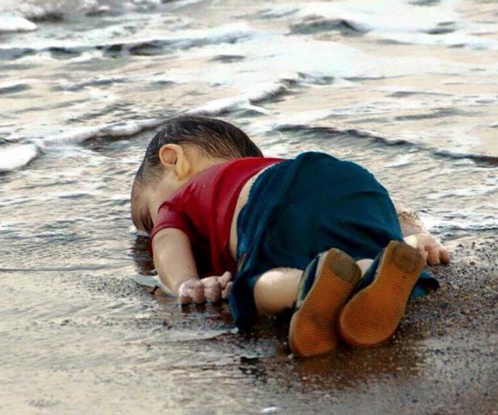 """Résultat de recherche d'images pour """"pictures of humanity"""""""