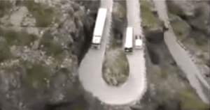 VIDEO: Deadly Dilemma!   What Would You Do?