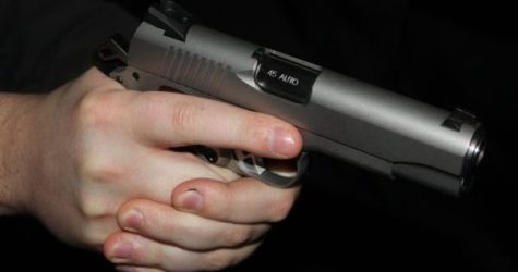 Chicago Citizens Arming Up Against Crime as Murders Continue