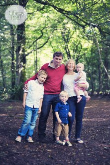 Liberty Pearl photography family portrait on location woodland