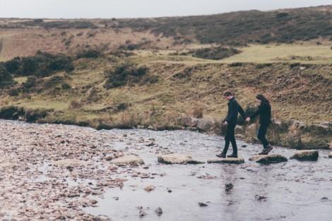 Dartmoor Widgery Cross enagement pre wedding photo shoot web-25