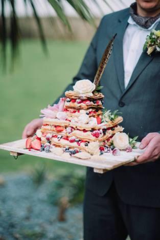 boho-cornwall-renewal-of-vows-liberty-pearl-photography-wedding-elopement edible essence cake