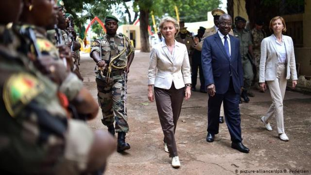 Mali: German Defence Minister Visits Soldiers In North-Eastern Region