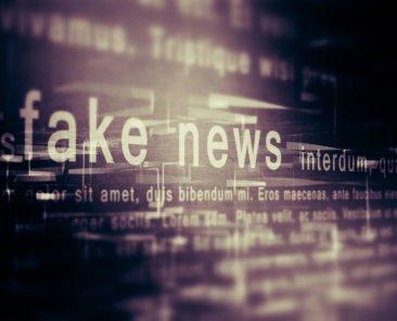 fake news konzept_shutterstock_pedrosek_800