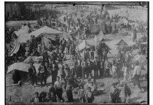 Armenian refugees, tents, horses, Syria. Date entre 1915 et 1916 Source from usa gov site. REPRODUCTION NUMBER: LC-DIG-ggbain-27083 (digital file from original negative) RIGHTS INFORMATION: No known restrictions on publication. MEDIUM: 1 negative : glass ; 5 x 7 in. or smaller.