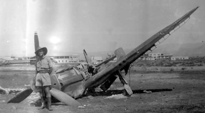 En juillet 1941, les Britanniques bombardent la base française et les dépôts de Rayak tenus par les troupes du Régime de Vichy en raison de la présence d'avions allemands utilisés pour bombarder des cibles britanniques.
