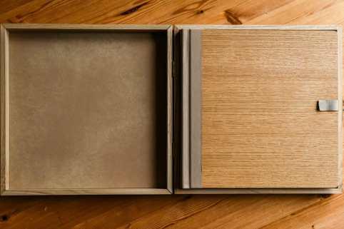 oak wedding album