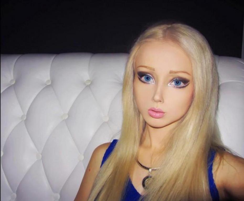 valeria-lukyanova-barbie-in-carne-ed-ossa