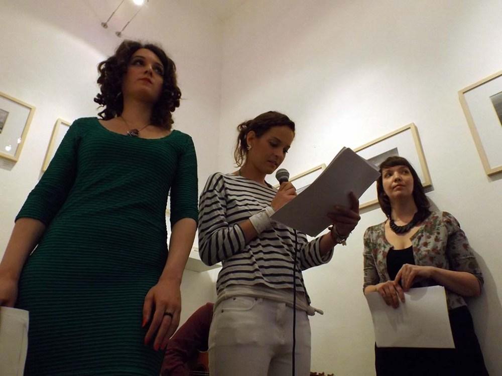 Az Izsó, Haraszti, Mesterházy-trió közös felolvasása a TOBE Galériában