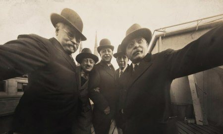 Íme, a világtörténelem első selfieje