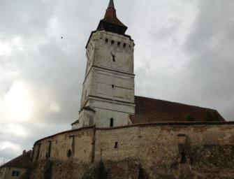 Összedőlt Szászveresmart templomtornya