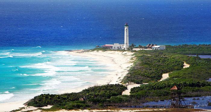 mexico-cozumel-island-faro-celerain-eco-park-lighthouse