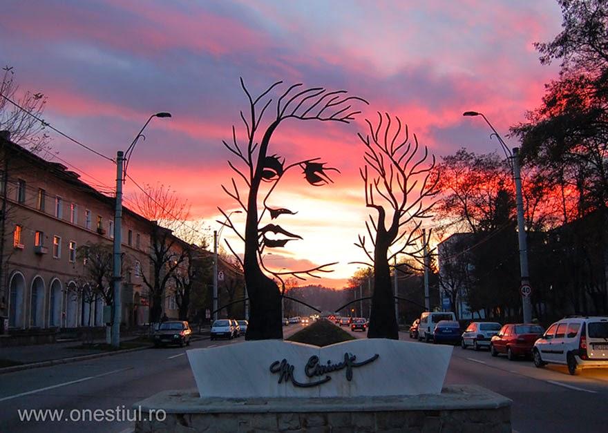 Onesti, Románia
