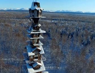 Nézd meg a vad alaszkai táj egyik legbizarrabb épületét!