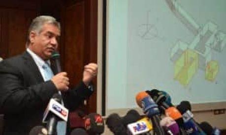 Dr Mamdouh Eldamaty, egyiptomi antikvitásokért felelős miniszter a sajtókonferencián