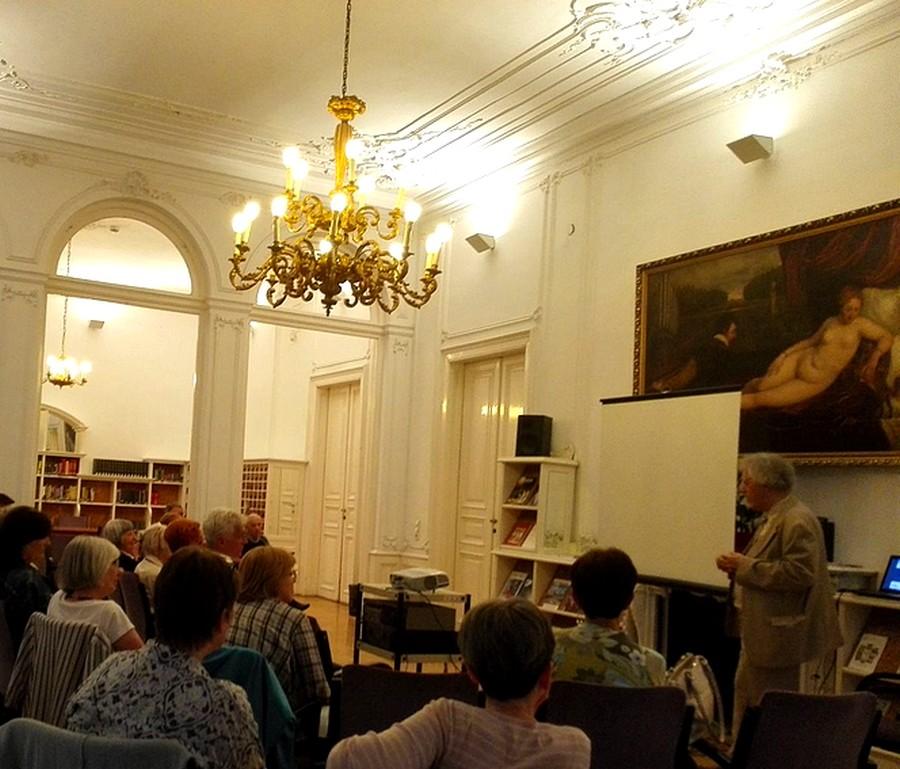 Hollós Máté sorozata a Zenei Gyűjtemény szalonjában ősszel folytatódik