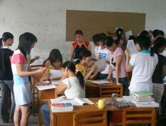 Ingyenes tankönyv és kreditpontok pedagógusoknak