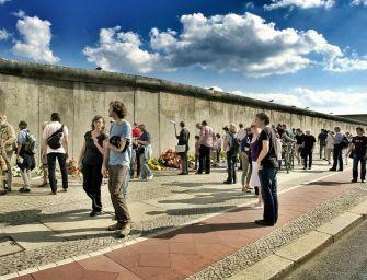 Titokban szállítottak 10 tonnát a berlini falból Chicagóba