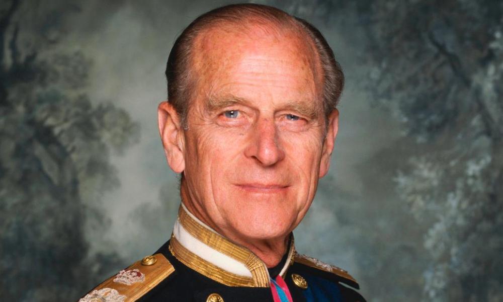 41 díszlövés földön és vízen Fülöp herceg emlékére