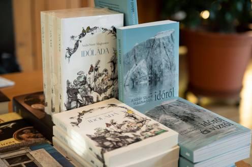 Megvásárolható könyvek. FOTÓ: STEPMOTIONS