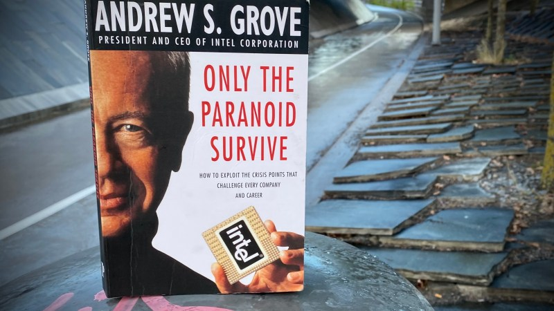 Only the Paranoid Survive   Andrew S. Grove