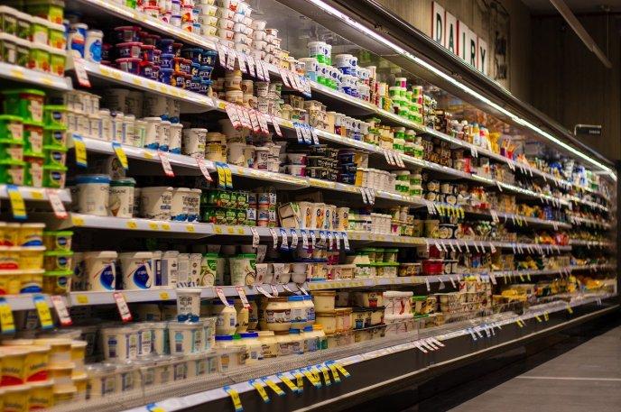 supermarché, produits industriels