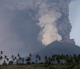 Eruzione vulcanica a Bali