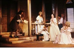 Les femmes savantes / mise en scène de Françoise Seigner. - Théâtre de Boulogne-Billancourt, 24-09-1986. Photographe : Daniel Cande