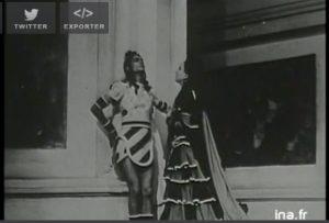 http://www.ina.fr/video/I04261062/jean-louis-barrault-a-propos-de-la-mise-en-scene-de-phedre-video.html