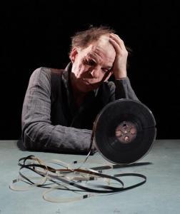 La dernière bande de Samuel Beckett mise en scène Jacques Osinski avec Denis Lavant