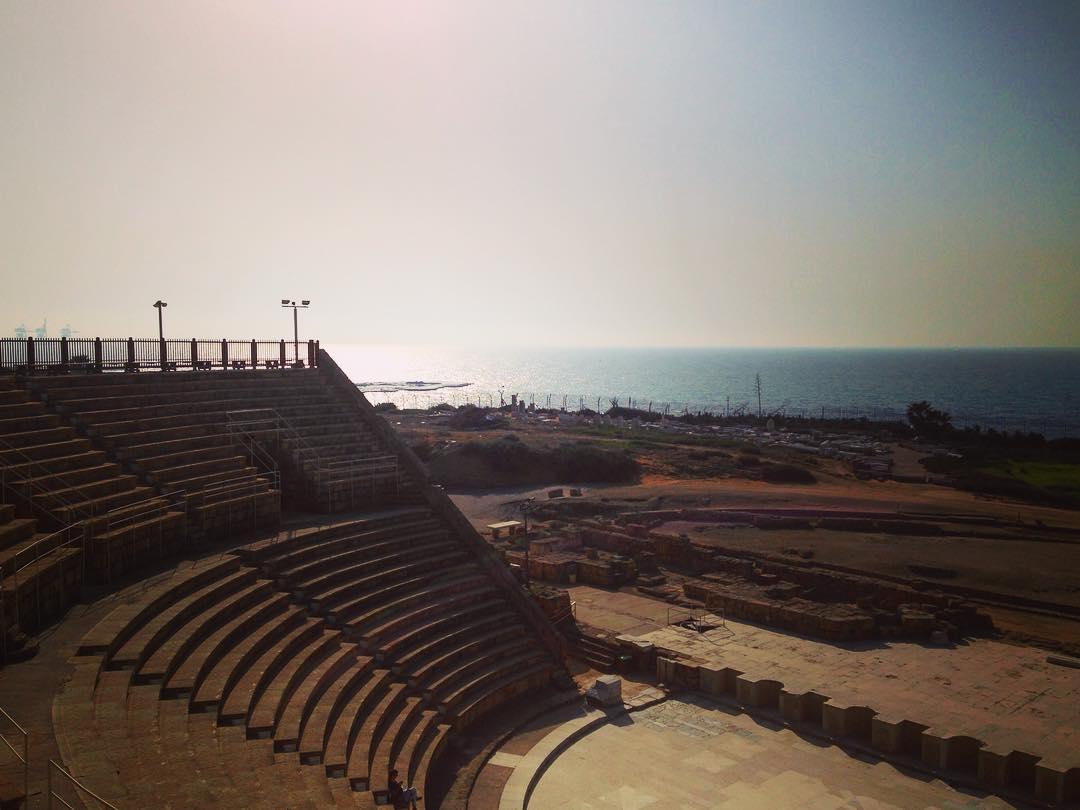 Césarée, Israël. Caesarea Maritima fut fondée entre -22 et -10 par Hérode Ier le Grand, roi de Judée.