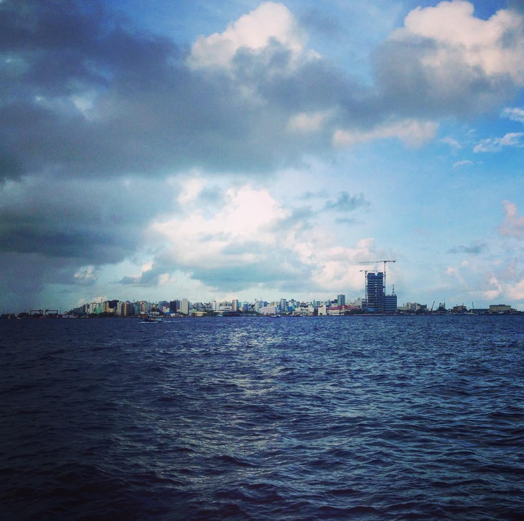 Malé est l'île principale et la capitale des Maldives.