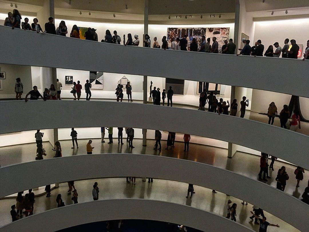 Manhattan, New York, États-Unis. Musée Guggenheim, par Frank Lloyd Wright.
