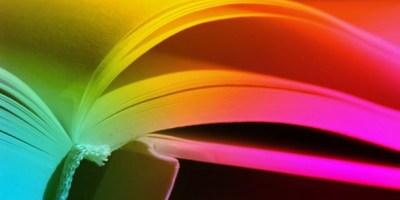 libro con pagine a colori