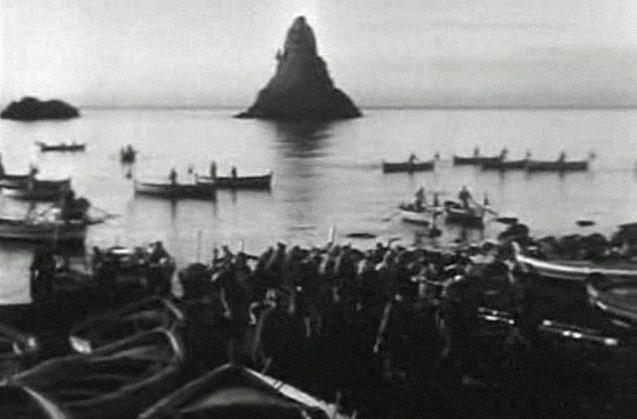 La terra trema (1948) di Luchino Visconti
