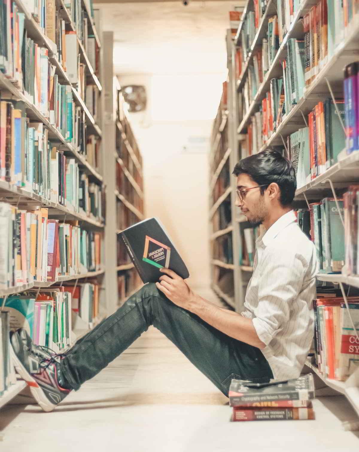 Lectura Libro Biblioteca
