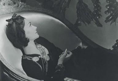Coco Chanel la mujer que lee