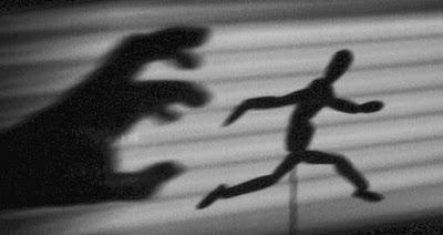 Radiografía del fracaso: Querido miedo. Jesús Zomeño. Sloper, 2016