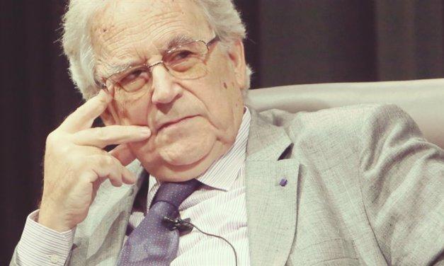 Homenaje al historiador Santos Juliá