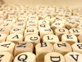Día Mundial de la Poesía: Cómo Comprender un Poema