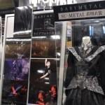 【画像】広島のタワーレコードでSU-METAL着用衣装+ライブフォトパネルが展示!「すぅちゃんは小柄」