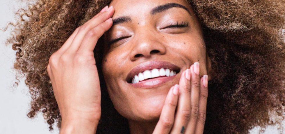 de beste 10 skincare tips voor drukke vrouwen
