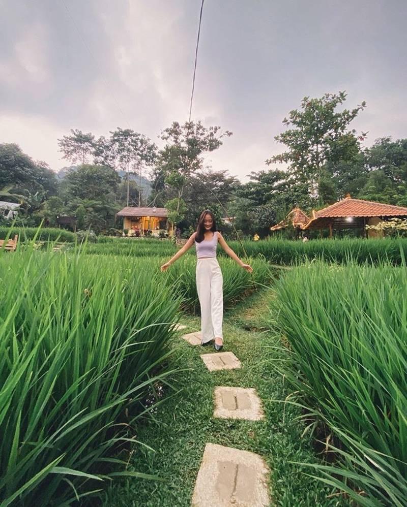 Resto Nuansa Pedesaan di Bogor