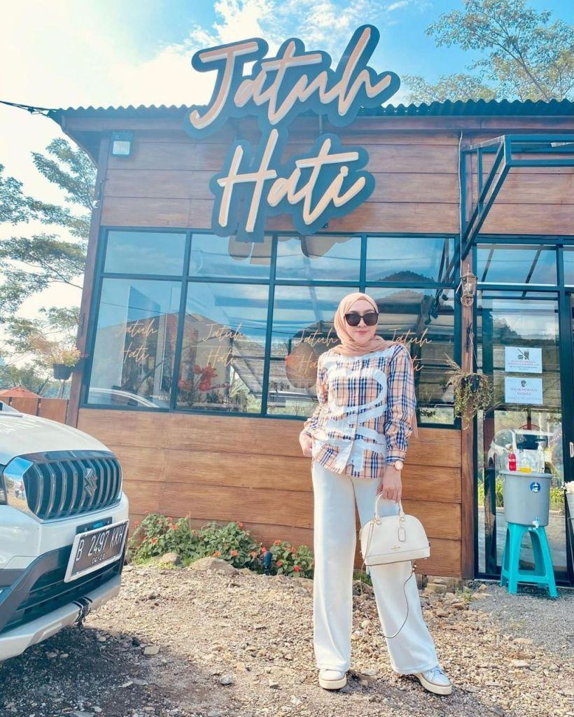 Cafe Jatuh Hati Sentul