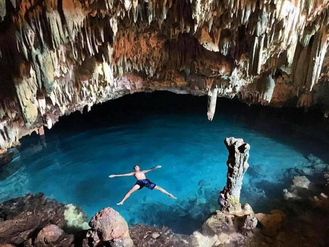 Wisata Goa Rangko NTT Memikat Dengan Danau Birunya!