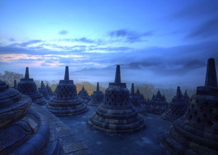 Menyapa Matahari Pagi Sunyi, Berburu Sunrise Di Borobudur.