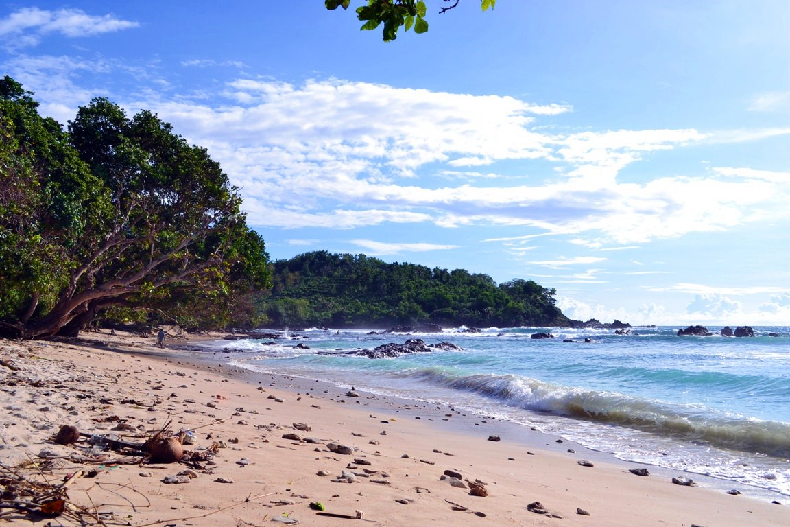 Pantai Wediombo Pantai Favorit Para Pemancing Di Yogyakarta.