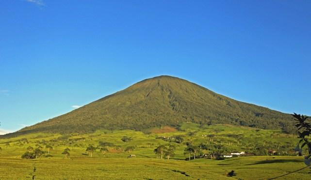 Gunung Dempo, Sumsel (sumber)