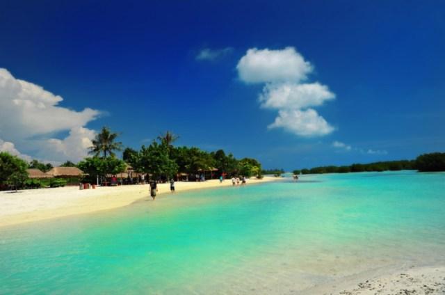 Pulau Pari adalah salah satu pulau di Kepulauan Seribu.